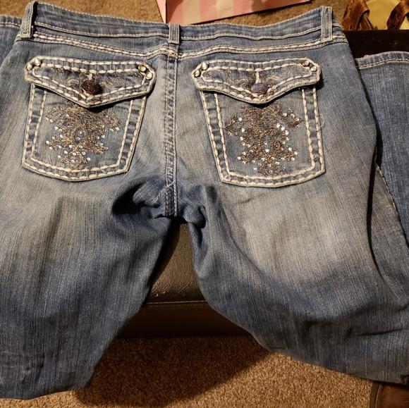 Wrangler Denim - 24 hr sale Very cute Wrangler Rock 47 Jeans